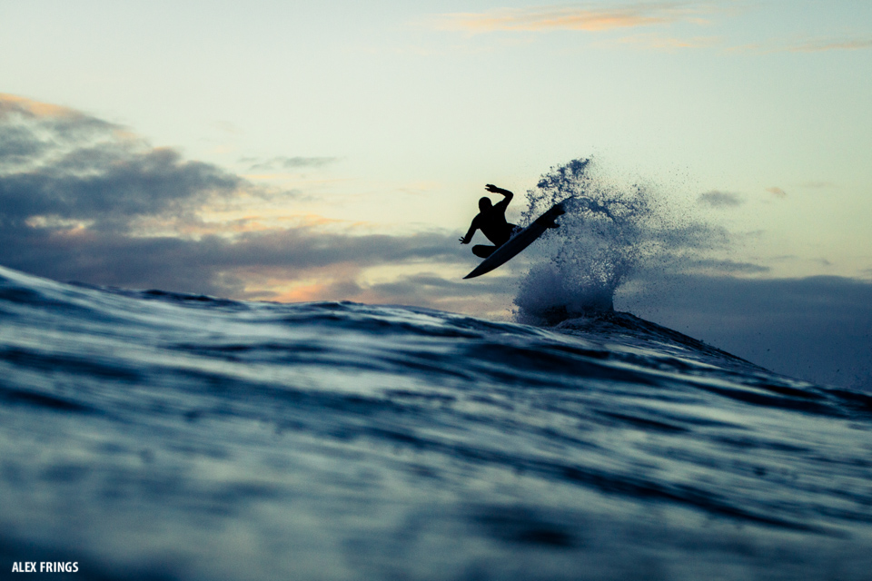 Last Wave of the day somewhere in the pacific ocean