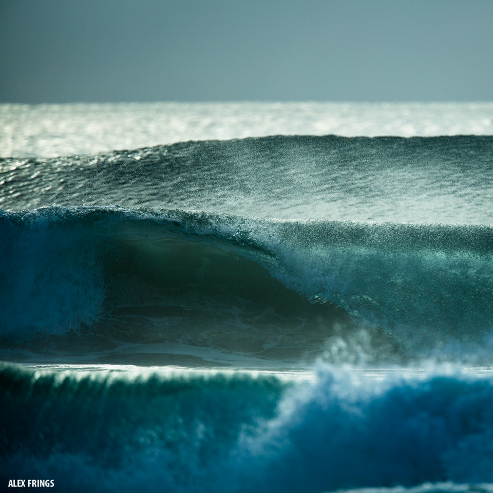 Fesh swell lines rolling in at Byron Bay